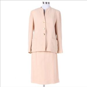 channel soft hued tweed pink suit size 10 US.